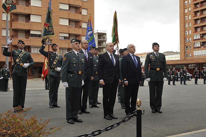 """El ministro del Interior elogia el """"abnegado compromiso"""" de la Unidad de Acción Rural (UAR) de la Guardia Civil en la lucha contra el terrorismo"""