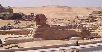 Sphinx side view from the north - Copyright (c) 2001 - Andrew Bayuk, All Rights Reserved