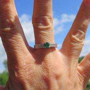Anello in argento 925 centro zircone verde color smeraldo