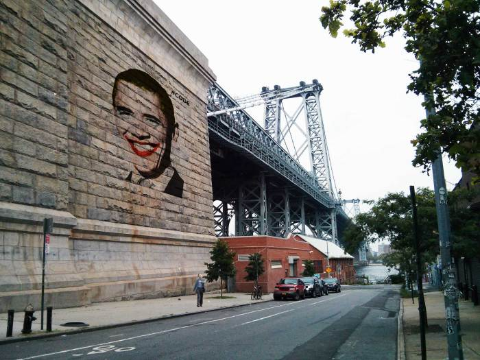 obama-warholized-by-code-williamsburg-bridge