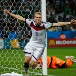 Alemanha leva susto, mas letra de Schürrle abre vitória contra Argélia