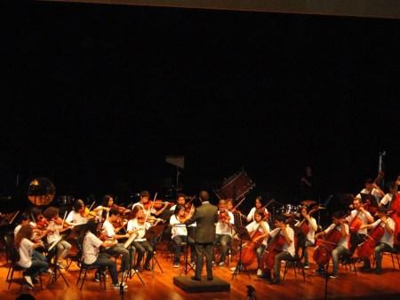 Orquestra Sinfônica Tocando Sonhos - Crédito Projeto Música e Cidadania