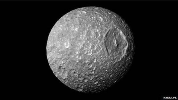 Lua identica a estrela da morte pode conter água - Guia BSB.net