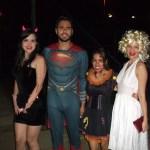 Pessoas fantasiadas para o Halloween - Guia BSb.net