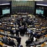 Oposição pressiona, mas Congresso aprova alteração da meta fiscal de 2014