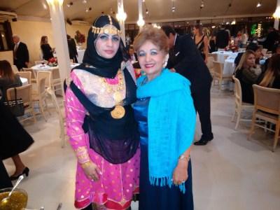 Sra. Embaixatriz de Omã, sempre elegante ao lado Luzia Câmara.