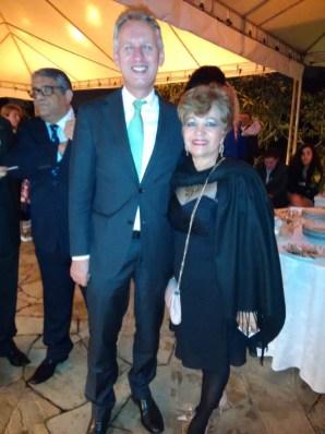 Jornalista Luzia Câmara e o Sr. Embaixador, Han Piters, do Reino dos Países Baixos
