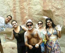 Visitinha as falésias da Praia de Pitinga - Arraial D'Ajuda com direito a mascaras de argila.