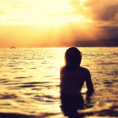 Angelica Ferrer e o por do sol em Florianópolis