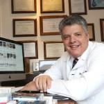 Dermatologista Ricardo Fenelon ministra palestra no Salão Internacional da Mulher (SIM)