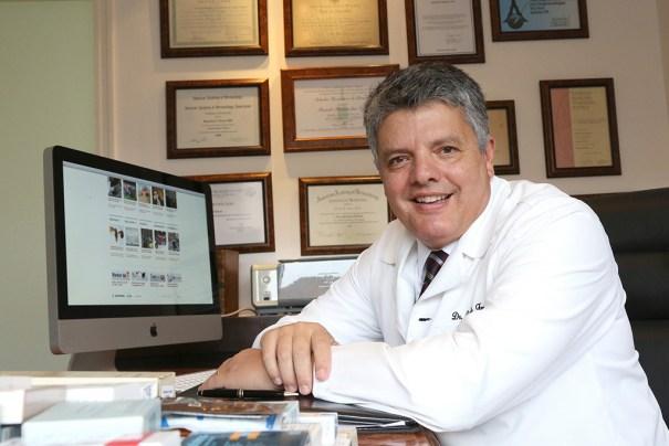 Dermatologista Ricardo Fenelon ministra palestra no Salão Internacional da Mulher (SIM) - Foto: Hermínio Oliveira