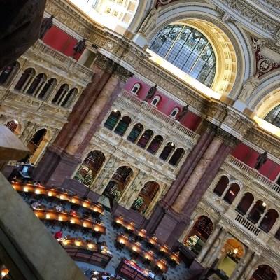 Interior da Biblioteca do Congresso em Washington DC