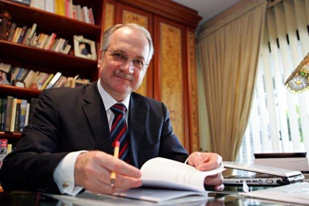 Dilma indica Luiz Edson Fachin como ministro no STF - Foto: Internet