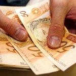 Governo propõe salário mínimo de R$ 854 em 2016
