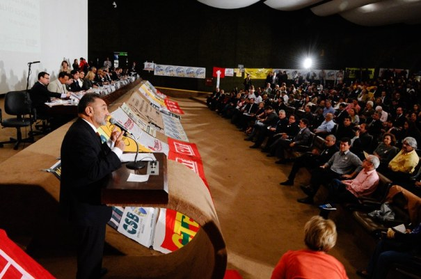 """O senador Telmário Mota (PDT-RR) avalia que """"liberar a terceirização para as atividades-fim é retornar à escravidão"""" - Foto: Edilson Rodrigues/Agência Senado"""