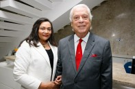 A procuradora-geral de Justiça do Distrito Federal e Territórios, Eunice Carvalhido, e o ministro Hamilton Carvalhido. - Foto: Erivelton Viana