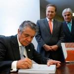 Jubileu de Prata do Ministro Marco Aurélio reúne parlamentares e membros do Judiciário