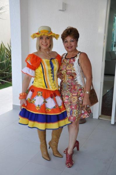 Lúcia Alasmar e a jornalista Luzia Câmara