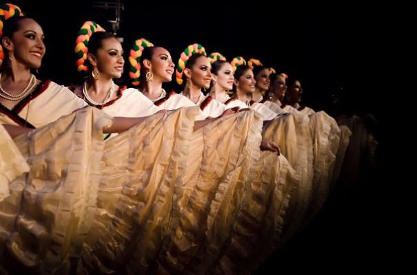 3. e 4. Balé Folclórico Universidade Veracruzana (México)