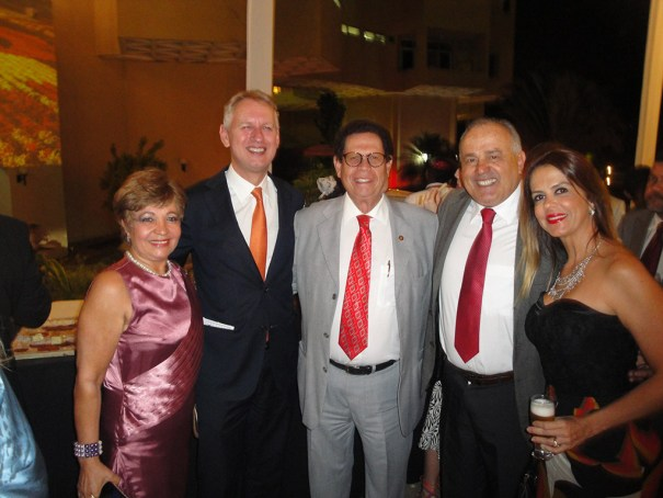 Jornalista Luzia Câmara, Embaixador do Reino dos Países Baixos, Sr. Han Peters, Dr. Francisco Chiaratto, Tom Vilarino