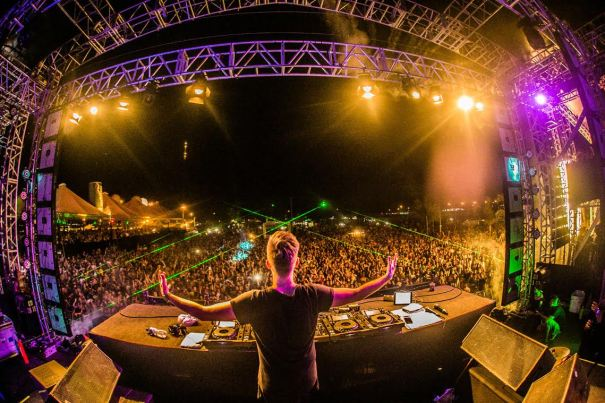 Federal Music Special Summer Edition com Hardwell