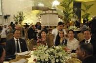 Srs. Embaixadores da Filipinas e Esposa, Mr. José Dela Rosa, Embaixador da Vietnã, Nguyen Van Kien e Esposa