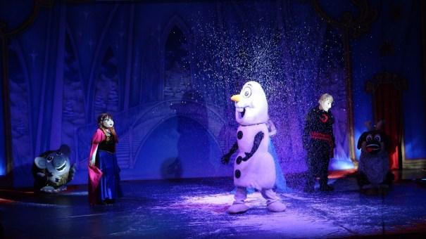 Espetáculo Frozen é a atração deste fim de semana no Circo Khronos