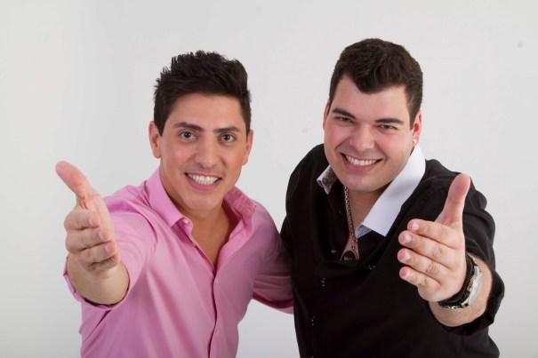 Sertanejo nesta quinta-feira (20/07) no Dallas Bar com Bonni e Belluco, Ronni e Ricardo e participação de Paulo Ângelo - Foto: Divulgação