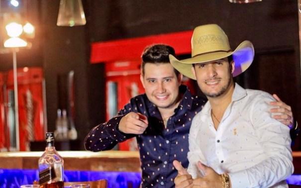 Bruno e Barretto se apresentam no Dallas Bar - Foto: Divulgação