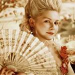 Kirsten Dunst vive Maria Antonieta no filme de Sofia Coppola