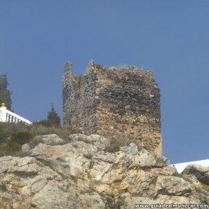 La torre vigia denominada Torre del Granizo o Torre Muerta de construcción militar ubicada en Velilla.