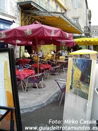 Siéntase van Gogh (conservando sus orejas) - 080307_arles