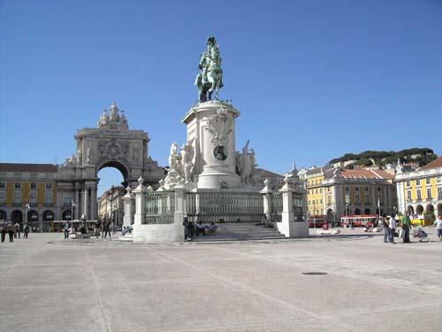 La espectacular Plaza del Comercio de Lisboa