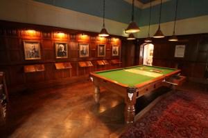 Bantock House, un museo para disfrutar  - Bantock_House_Billiards_Room1-300x200