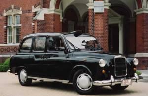 Ocho consejos para ahorrar viajando por Europa (y II) - london-taxi-berlin1-300x195