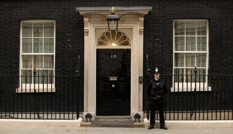 10 calles famosas en Londres - 10-Downing-Street-For-Sale1