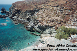 Ios, Folegandros y Santorini: tres joyas en el Egeo.