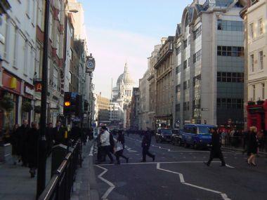 Continuamos con las 10 calles más famosas de Londres - fleet-street-london-21
