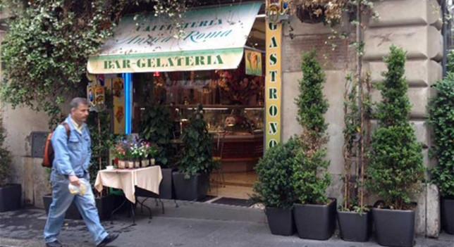 El alcalde de Roma se excusa con unos turistas por unos helados de 64 euros - 311