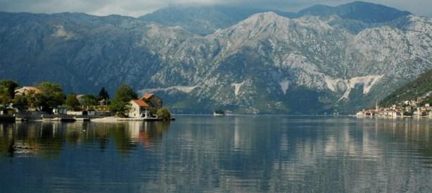 10 destinos asombrosos a los que viajar este año - voyage-montenegro1-1024x458