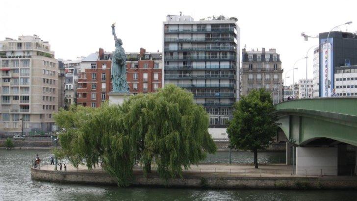 La estatua de la libertad: ¿París?