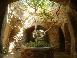 Baldassare Forestiere y su jardín subterráneo: una historia inspiradora. - forestiere-8-300x225