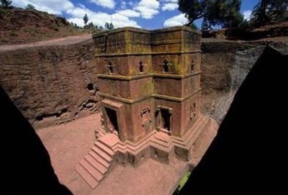 Las 11 iglesias talladas bajo tierra.