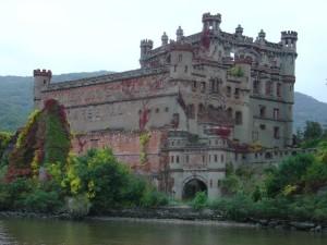 El castillo escocés de Pollepel Island (Nueva York) - poppelel-300x225