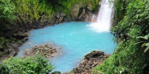 Río Celeste de Costa Rica - Cascada-celeste-300x149