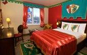 Un hotel para niños y para mayores que nunca dejamos de serlo - Habitación-Reino-300x189