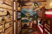Un hotel para niños y para mayores que nunca dejamos de serlo - Piratas-niños-300x200