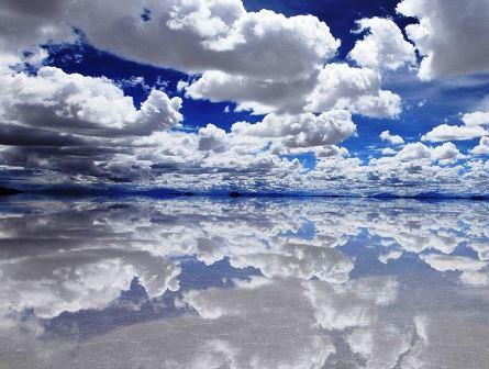 Salar de Uyuni, el espejo del cielo