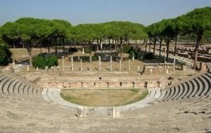La antigua ciudad de Ostia (Roma) - Teatro-300x190