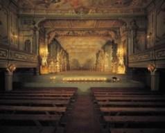Cesky Krumlov, el tesoro del río Moldava - Teatro-300x242